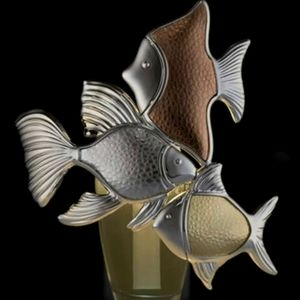 METALLIC FISH TRIO NIGHTLIGHT WALLFLOWER PLUG
